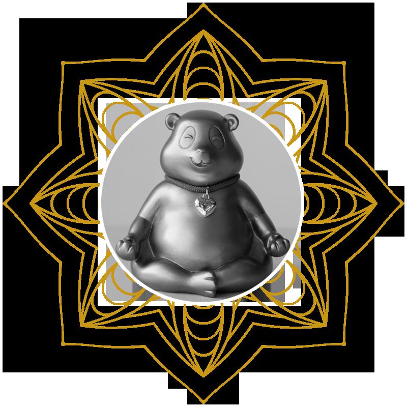 Entspannter Bär in Yoga-Position